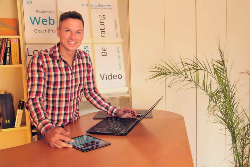 Nils Schaffernicht, Informationsdesigner